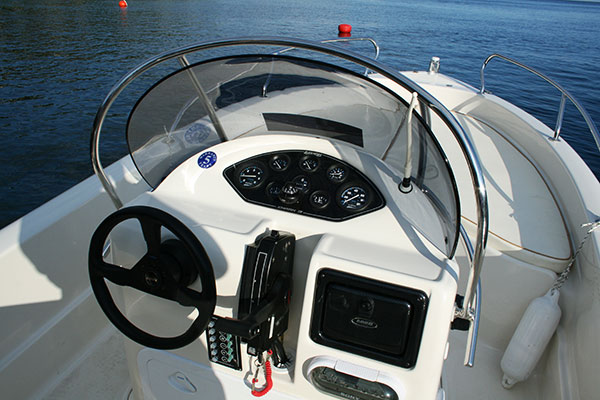 Corfu Kalami Boat Hire - safe trip with boats